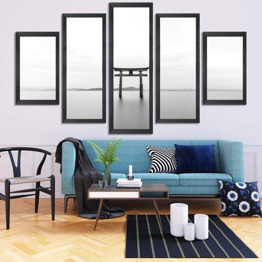 Composição de Quadros Torii Japonês Preto e Branco