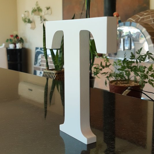 Letra Decorativa T 15cm em Mdf Laqueado 15mm - Branco